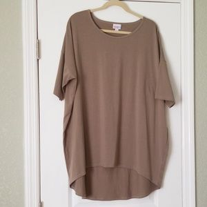 Lularoe 2XL Irma topi tan color